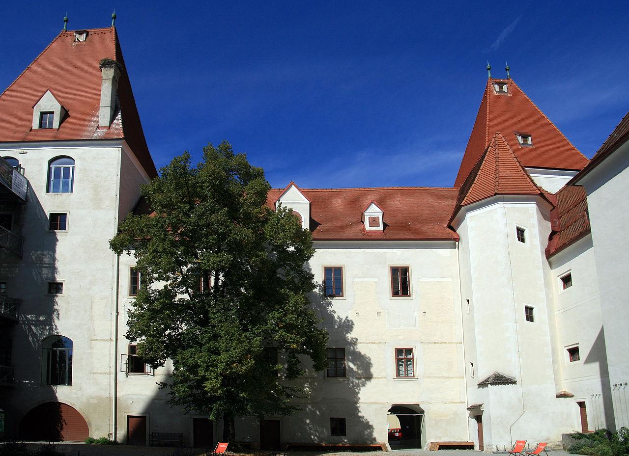Schloss Orth