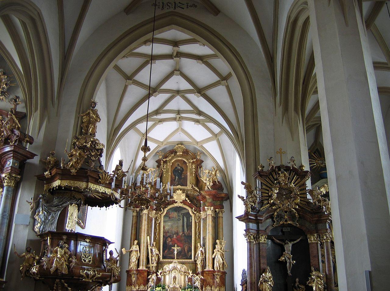 Kircheninnenraum In Ybbs